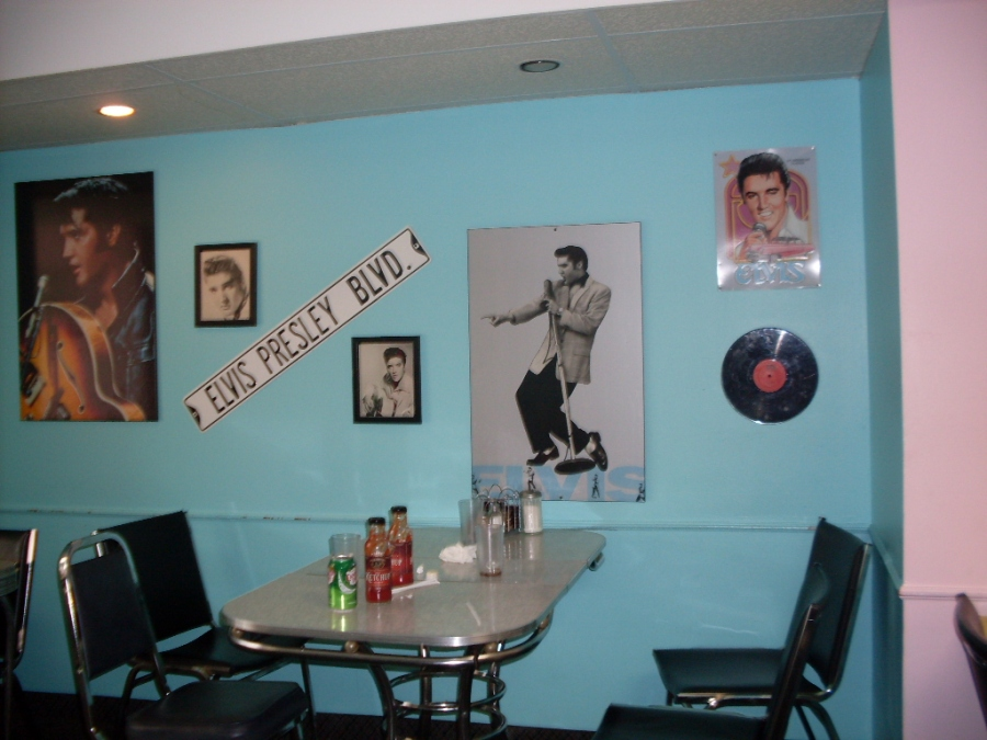 Cosmos diner s style interior decor thorold on photo