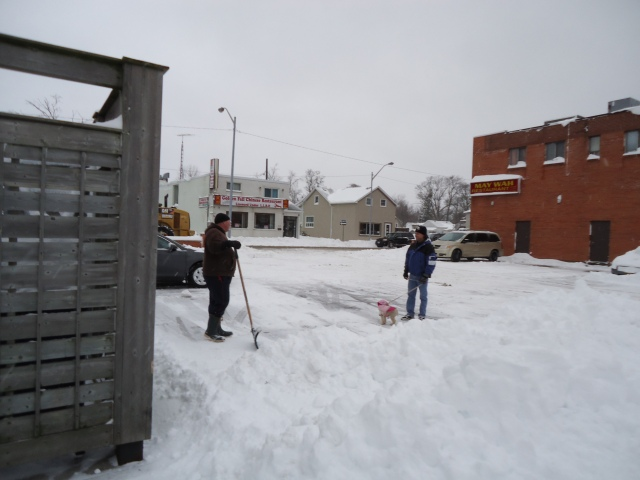 son shovels snow may wah restaurant fort erie harry daisy chat dec 27 2012 linda randall