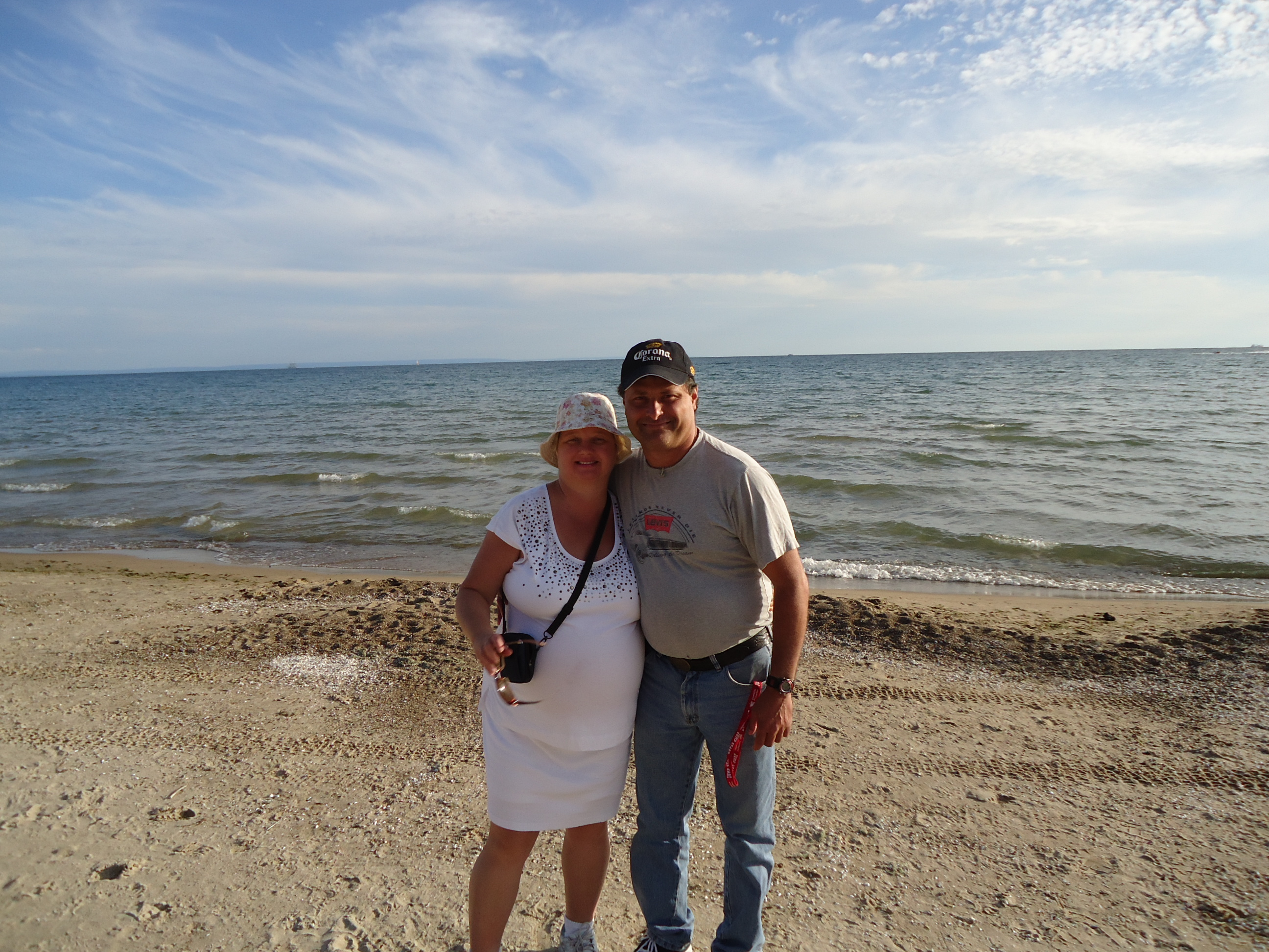 Linda Randall and harry on the beach pleasant beach rd port colborne ont 5 aug 2013 clyde
