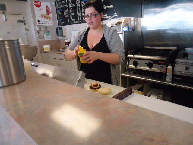 mrs kardashian II making our yummy tasting burgers (red meats) Robo Mart Fort Erie 22 aug 2013 linda randall