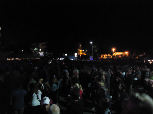15-fans-at-live-concert-the-trews-welland-food-festival-6-sept-2013-linda-randall