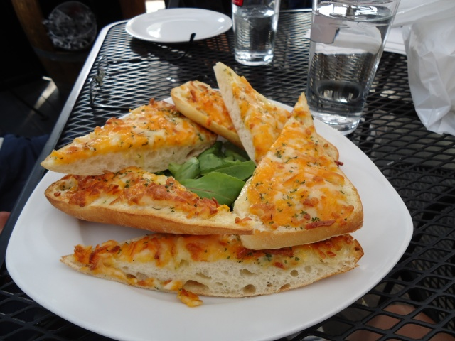 garlic bread cheese appetizer Corks winebar & eatery Notl Delicious!