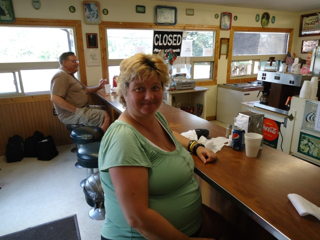 linda randall the idea girl says youtube thunder bay snack bar ridgeway ONt harry 28 aug 2013