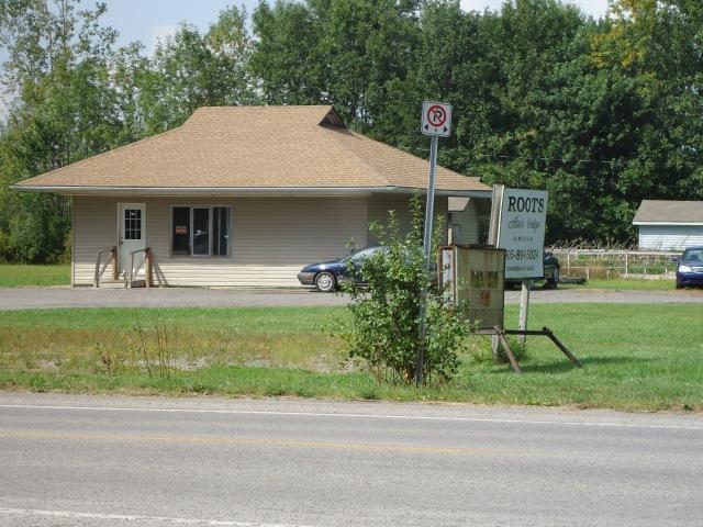 Thunder Bay Snack Bar 3085 Dominion Rd (Bernard Ave) Ridgeway Ontario ...