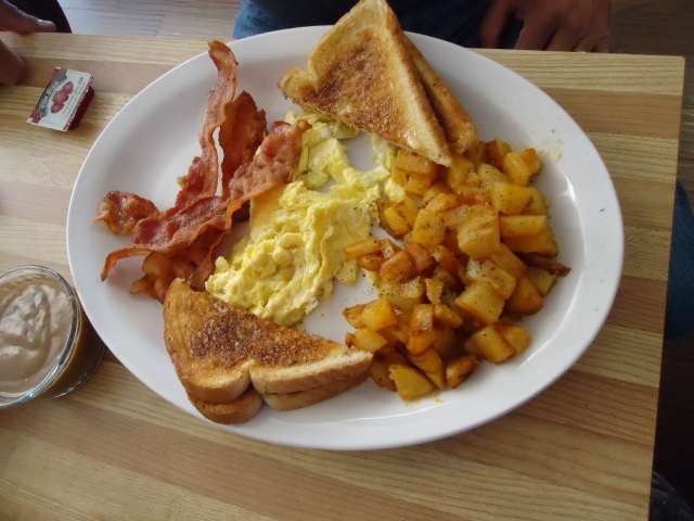 bacon scrambled eggs homefries toast chef bistro ridgeway linda randall