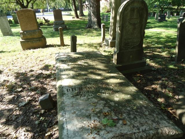 Large Tombstone St Mark's Cemetery NOTL Ontario CAnada linda randall 29 sept 2013
