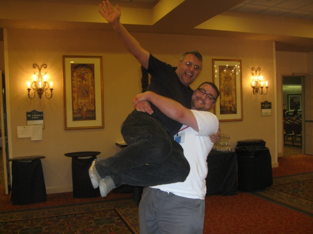 world horror convention Derek Clendening lifts up nick mamatas