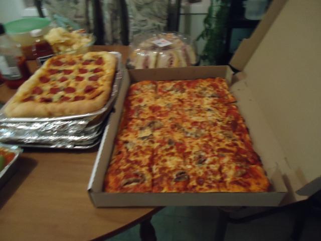 glens central pizza garths home style crust pizza Christmas Party  30 nov 2013 linda randall