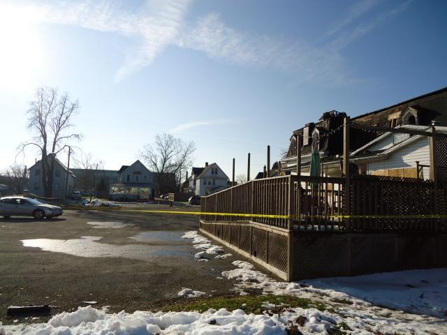 parking lot by robo mart fire damage long shotz bar fort erie 3 dec 2013 linda randall  11 27 am