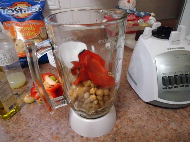 red peppers n chick peas blender ingredients for hummus recipe