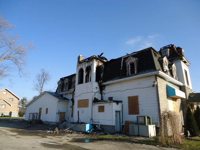 west side damages fire damage long shotz bar fort erie 3 dec 2013 linda randall  11 26 am