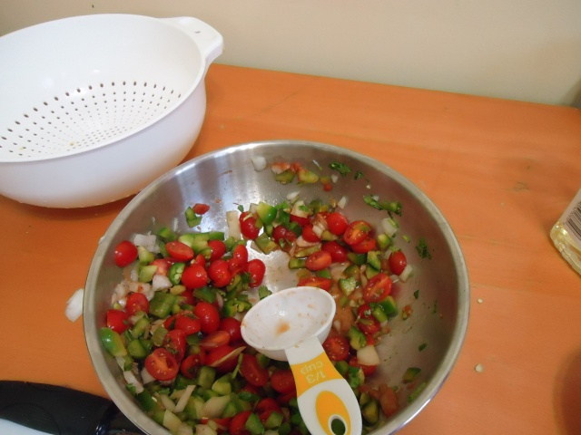 learn to make salsa community house cooking lessons 6 jan 2014 linda randall