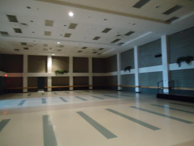 seats 500 Leisureplex Banquet Hall Fort Erie Ontario Canada Linda Randall