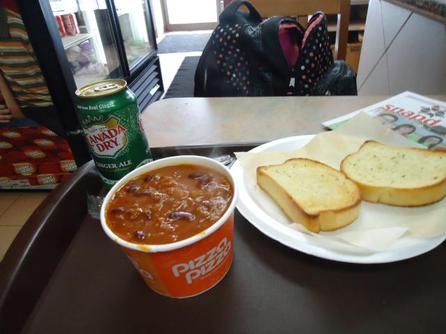 Chili Con Carne Garlic Toast Canada Dry Gingerale Pop PIzza Pizza lunch $6 linda randall idea girl canada