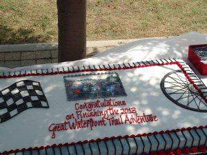 congratulations-finishing-2013-great-waterfront-trail-adventure-4-x-2-ft-cake-17-aug-2013-linda-randall