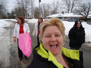 linda-randall-the-idea-girl-says-chinese-lantern-fun-deb-nicole-tina-we-didnt-get-it-to-work-hah community house fort erie ontario canada