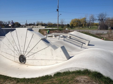 skateboard park across from green acres restaurant garrison rd fort erie beside clarion hotel, ymca fitness centre, leisureplex skating hockey ice idea girl canada linda randall