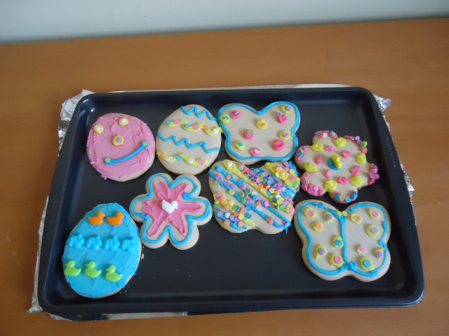 pink blue yellow easter decorated shortbread cookies deb community house fort erie linda randall