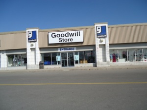 goodwill store used furniture 495 welland ave st catharines by bunting rd, close to grantham ave, QEW Exit